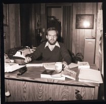 Image of 960.1982.02.08.02.01 - John Krona from Krona & Krona CPA's in Snoqualmie at desk.
