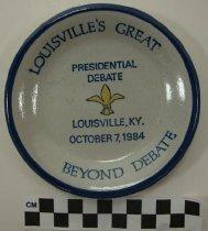 Image of 2009.218.401 - Ronald Reagan and Democrat Walter F. debate Commemorative Plate