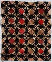Image of Log Cabin Quilt (Hexagonal Variation), circa 1910. - Quilt