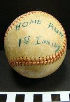 Image of Commemorative baseball - Baseball