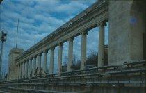 Image of Colonnade - Garrett, Leon