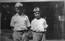 Image of Miller Hayes & Carter Massey - Lee, Bill