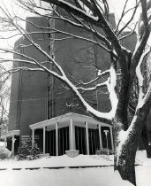Image of Cravens Graduate Center & Library - Hughes, Tommy
