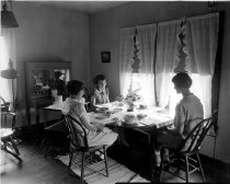 Image of Home Management House - Franklin Studio, Bowling Green, Ky.