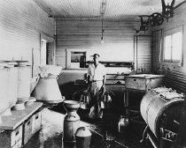 Image of WKU Dairy Barn - Franklin Studio, Bowling Green, Ky.