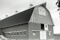 Image of Cattle Barn - Lawson, Owen