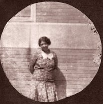 Image of Unidentified woman - Unknown