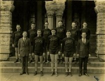 Image of Ogden Basketball Team - Franklin Studio, Bowling Green, Ky.