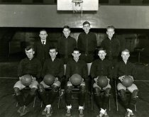 Image of Basketball Team - Talisman