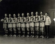 Image of WKU Basketball Team - Normal Heights