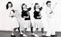 Image of WKU Cheerleaders - Talisman