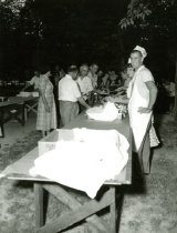 Image of Picnic - Unknown