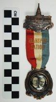 Image of 1983.43.569 - 1919 Kentucky inaugural jugate ribbon badge