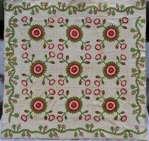 Image of KM2013.26.1 - Rose of Sharon variation applique quilt