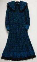 Image of KM2013.29.3 - Dress