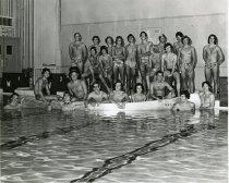 Image of Swimmers - Stuart, Robert