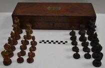 Image of KM2013.36.3 - Staunton chess set
