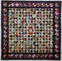 Image of Log Cabin Quilt - Quilt, Bed