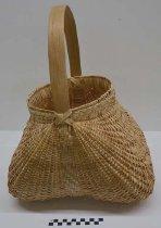 Image of 1987.132.1 - Dollmaker basket