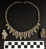 Image of Demi-parure (necklace and earrings)