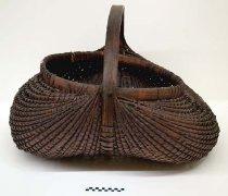 Image of Bushel Basket - Basket