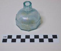 Image of 1946.12.7 - Ink bottle