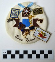 Image of KM2016.22.4 - Quilters's badge