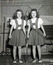 Image of Cook Twins - Unknown