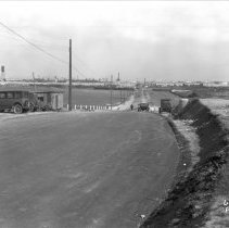 Image of 2009.10.0089-C - S.E.R.A. (STATE EMERGENCY RELIEF ADMINISTRATION) - PROGRESS - 22ND STREET, LOOKING EAST.
