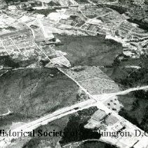 Image of AE 0005 - Aerial view north from the Shirley Highway at Seminary Road.