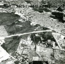 Image of AE 0006 - Aerial view north across Shirley Highway between Seminary Road and King Street.