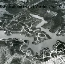 Image of AE 0027 - Aerial view north from Columbia Pike over Lake Barcroft.