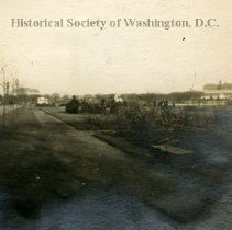 "Image of AL 014 7C - View of the ""Speedway"", road in Potomac Park."