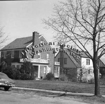 Image of WY 0108.02 - House on southeast corner of Holly St and 13th Street NW.