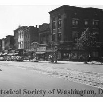 Image of WY 1863.33 - West side of 7th Street NW south of M Street.