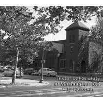 Image of WY 2073.35 - Berean Baptist Church, 11th and V Streets, NW.