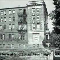 Image of WY 2075.35 - Twelfth Street YMCA, 12th Street NW between T and S Streets, NW.