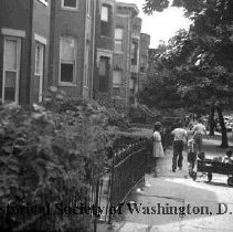 Image of WY 2089.35 - T Street NW between 13th and 14th Streets