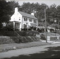 Image of WY 0005.01 - House on West Beach Drive north of Kalmia Road.