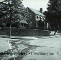 Image of WY 0016.01 - House at corner of Jonquil Street and 14th Street NW.