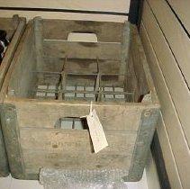 Image of 2001.064.0001 - Crate, milk