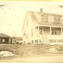 Image of 15 Colonial Avenue