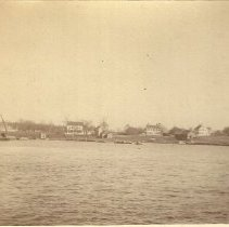 Image of Houses at north end of Tukey's Bridge 1890