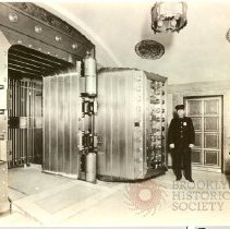 Image of [Vault use view 2] - Williamsburgh Savings Bank Building photographs and architectural drawings