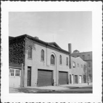 Image of [Entrance to #268 Waverly Avenue (left) and to #266 Waverly Avenue (right).] - John D. Morrell photographs