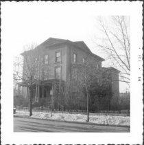 Image of [Clinton Avenue near southwest corner of Clinton Avenue & Willoughby Avenue.] - John D. Morrell photographs