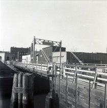 Image of [Carroll Street bridge.] - John D. Morrell photographs