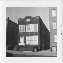 Image of [#2337 84th Street.] - John D. Morrell photographs
