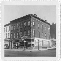 Image of [Northeast corner of Twentieth Street.] - John D. Morrell photographs