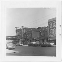 Image of [Eastside of 14th Avenue.] - John D. Morrell photographs